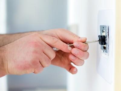 Как проложить электропроводку в квартире своими руками