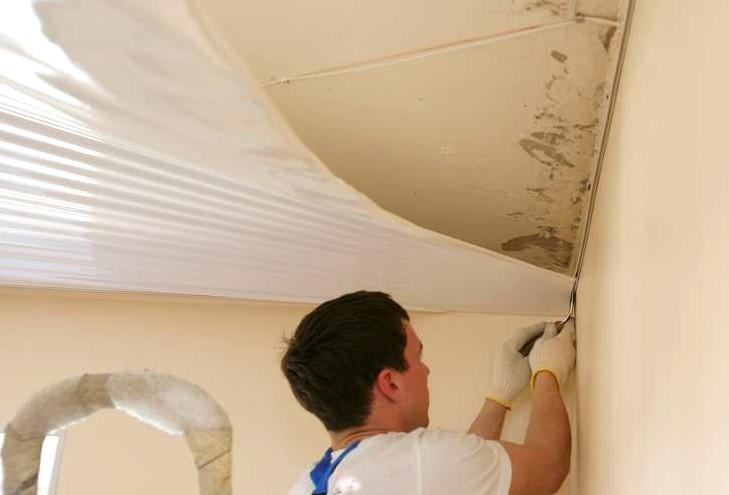 Натяжение ткани потолка своими руками