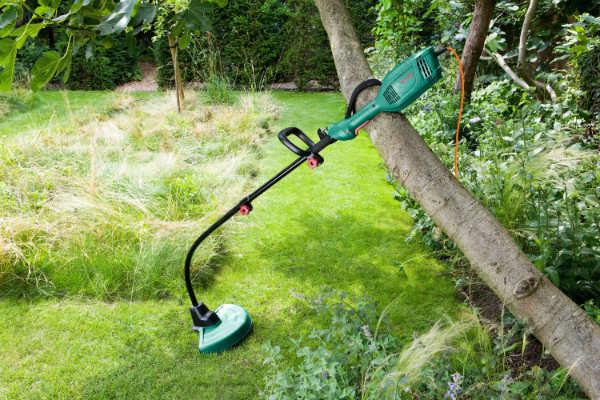 как выбрать триммер для травы электрический