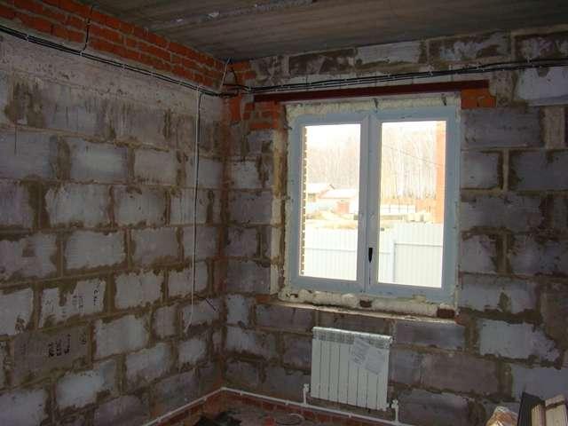 Монтаж дверей и окон при строительстве дома из газобетона