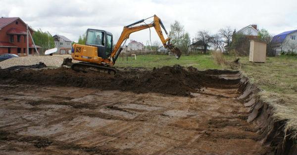 Земляные работы под УШП фундамент